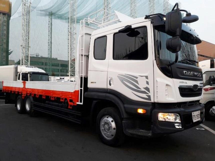 대우프리마 앞축카고 2011년 9월 7.5톤 증톤 1인신조 무사고 차량입니다.